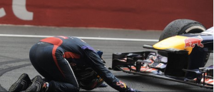 Vettel bows before his championship-winning Red Bull F1 car